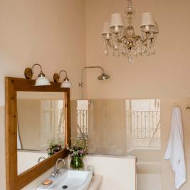 Salle de bain de la suite Tierra