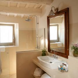 Suite Fire Bath